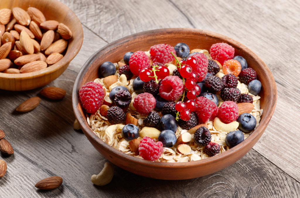 WHY AND HOW TO GET MORE ANTIOXIDANTS IN YOUR DIET